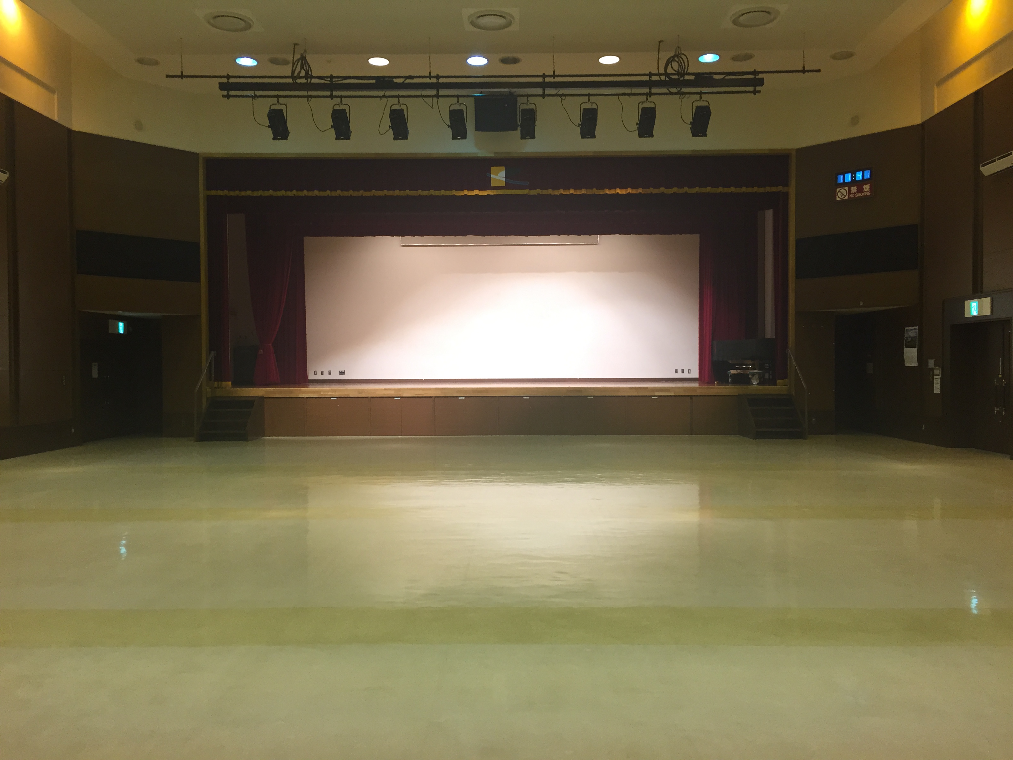 区民ホール 1枚目の写真
